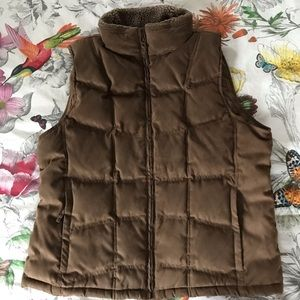 L. L. BEAN light brown down and shearling vest